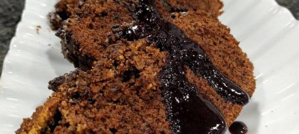 Coca de madalena de chocolate