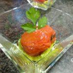 Receta de tomates rellenos de garum y guacamole