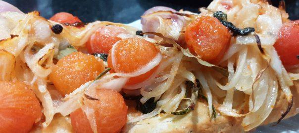 Receta de focaccia con tomates provenzal