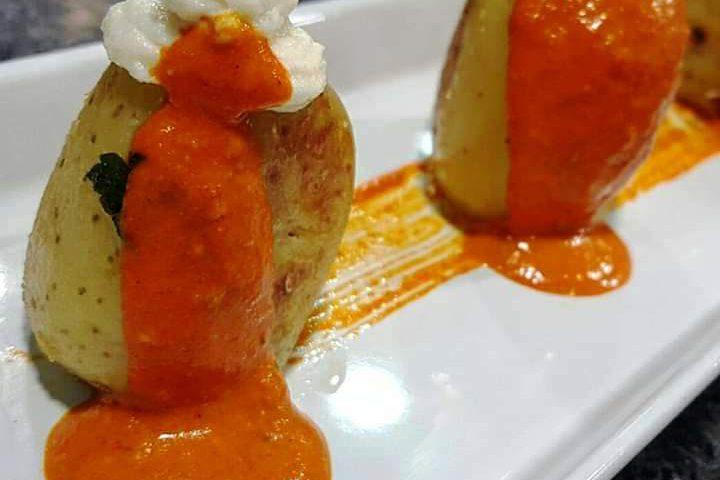 Patatas asadas con bacalao