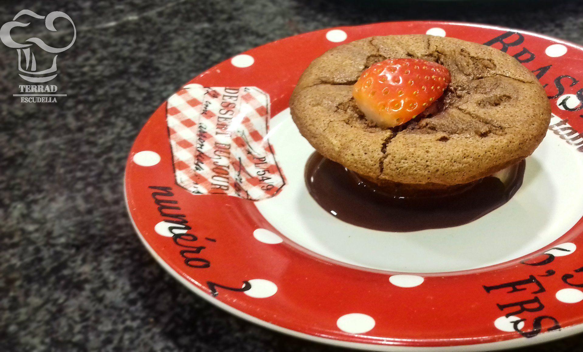 Pastelito de chocolate y pimentón