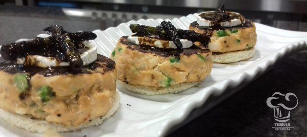 Receta de hamburguesa se salmón al pesto rojo