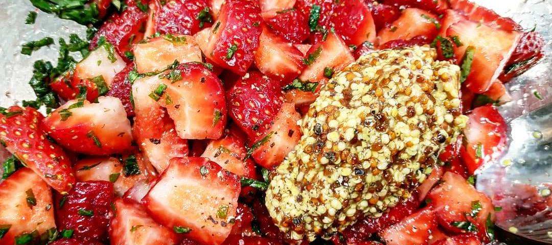 Receta de tartar de tomate y fresas