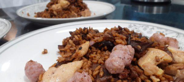Receta de arroz con setas y butifarra